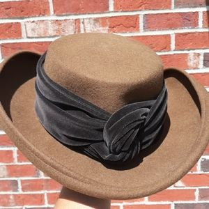 Lily J by Eric Javits 100% Wool Wrap Tie Hat